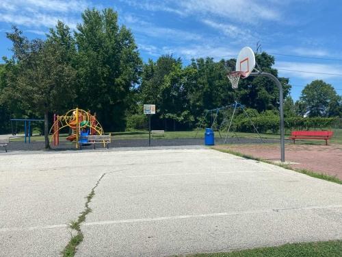 Twin Oaks Park 2